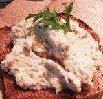 hummus-on-toast