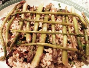 amazing-asparagus-blue-plate