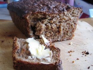 Easy-to-make spelt loaf (1/5)